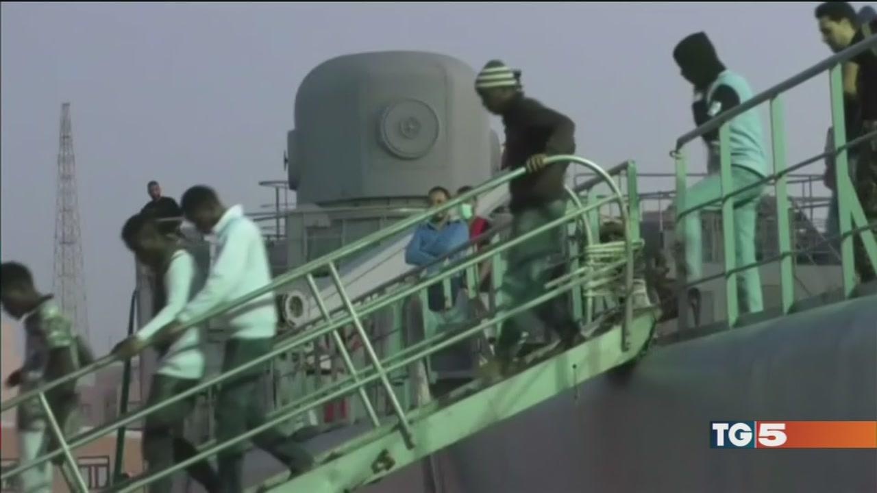 Venduti come schiavi, video choc dalla Libia
