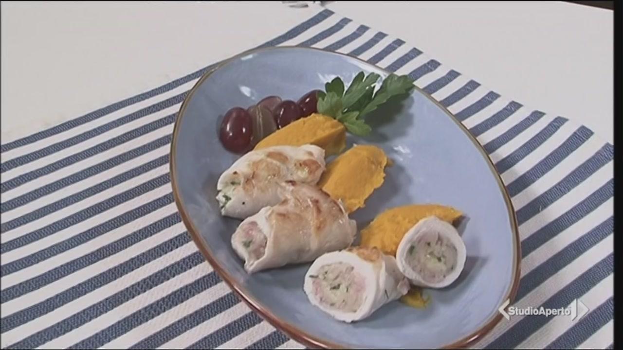 Rollè di pollo all'uva e purè di zucca