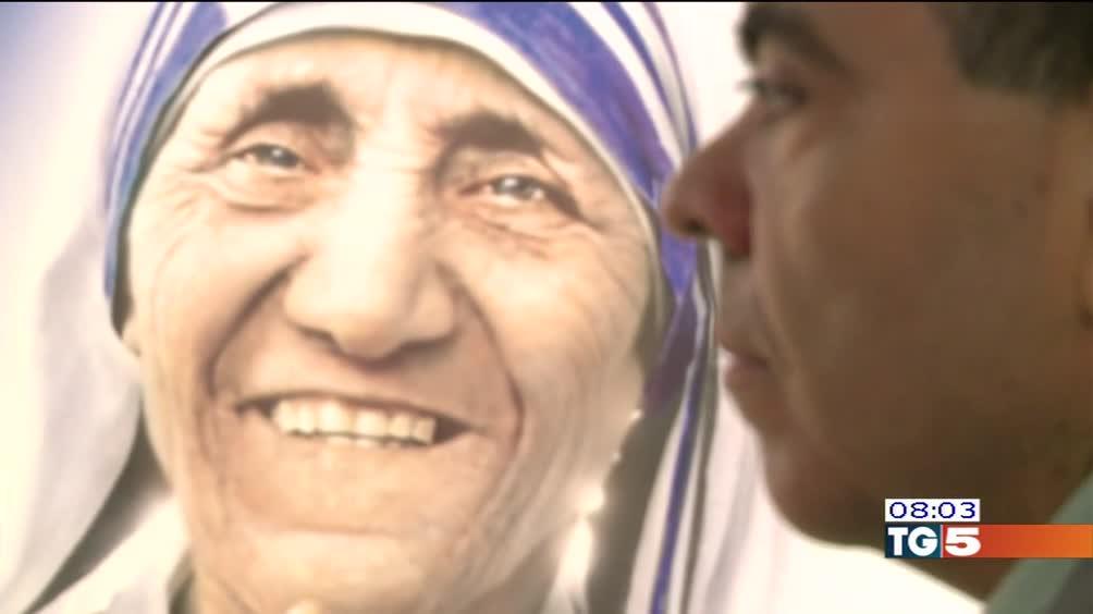Madre Teresa, oggi santa