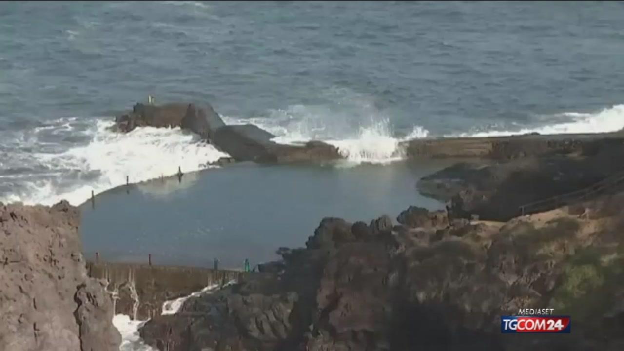 Onda gigante a Tenerife, 2 morti e 2 dispersi