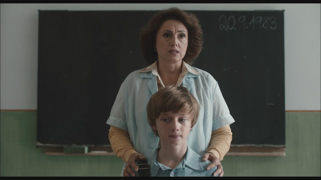"""The Teacher"", guarda la clip esclusiva"