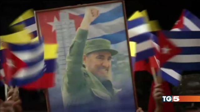 Cuba piange Castro il mondo si divide
