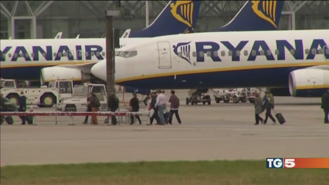 Apertura Ryanair, disagi per chi vola