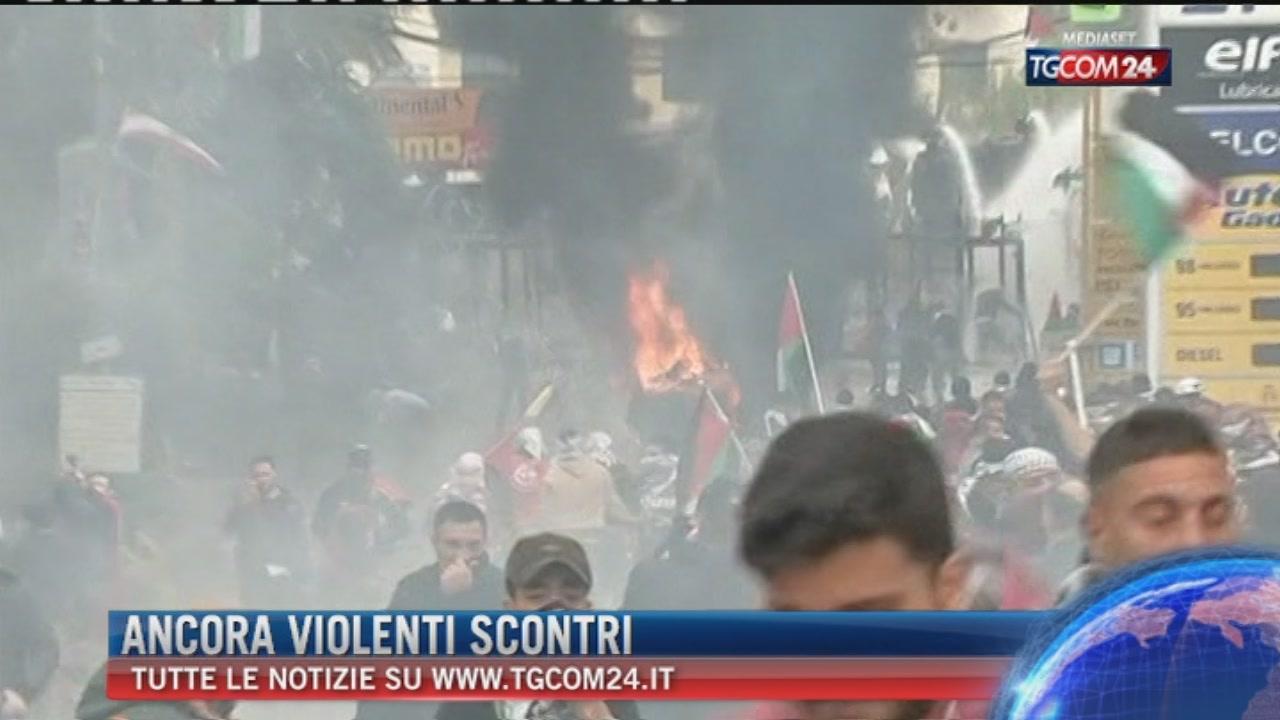 Breaking News delle 14.00: Ancora violenti scontri in Medioriente