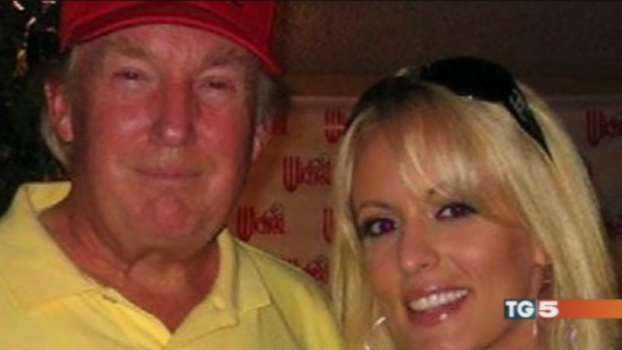 Anche una pornostar tra le grane di Trump