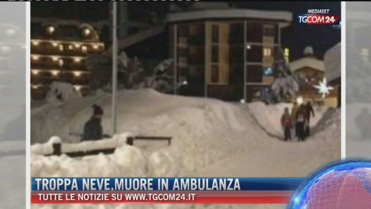 """Breaking News delle ore 16.15: """"Troppa neve, muore in ambulanza"""""""