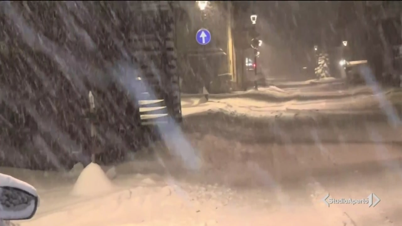 30mila al buio per la neve