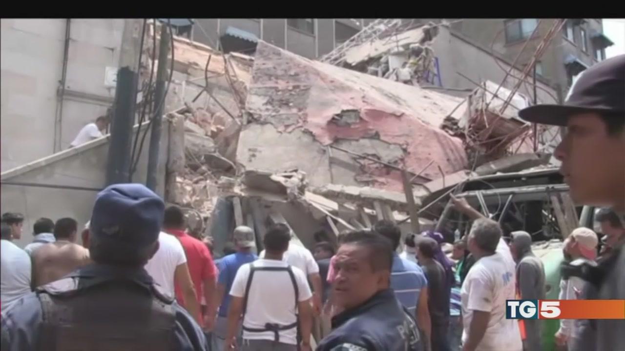 Il Messico devastato, danni, morti, sisma 7.1