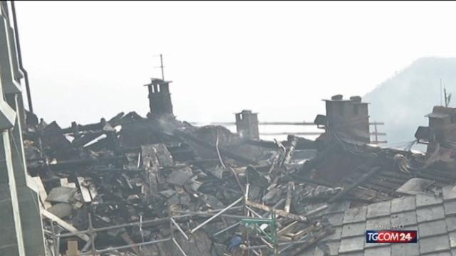 Incendio alla Sacra di San Michele, i danni lasciati dalle fiamme ...