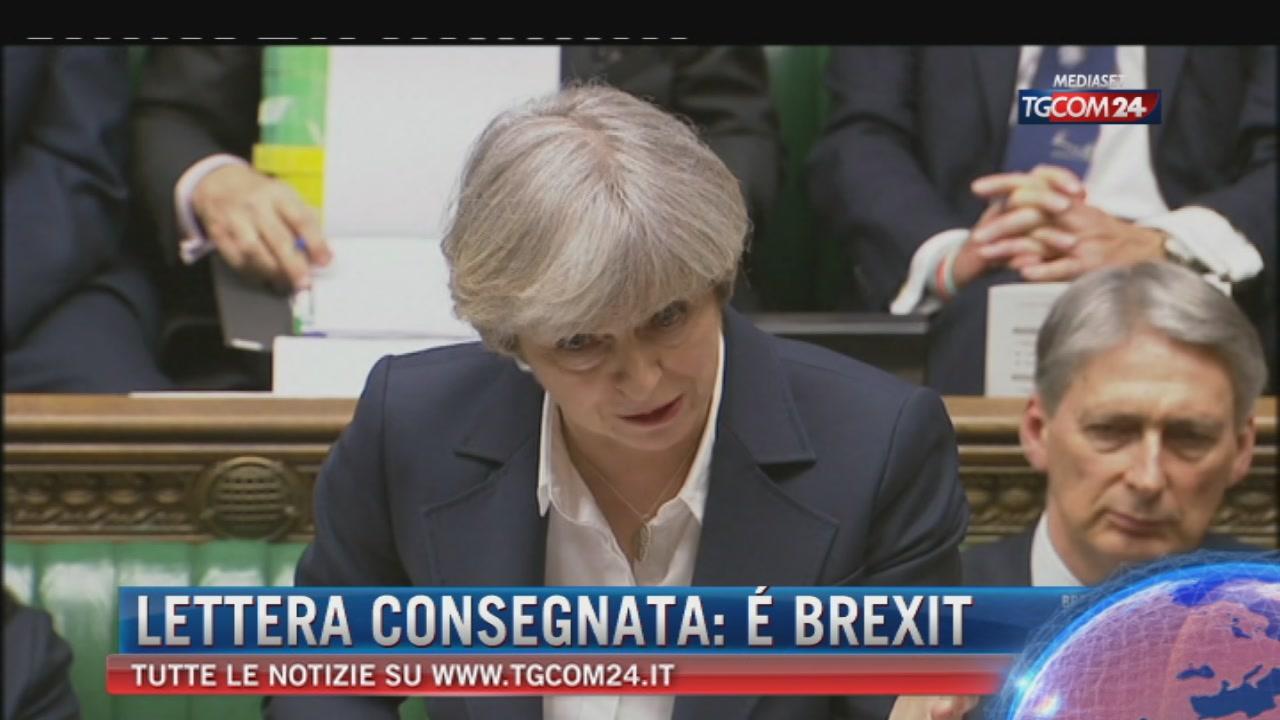 """Lettera a Ue, inizia Brexit. May: """"Non si torna indietro"""""""
