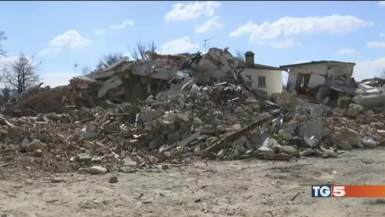 """I sindaci del terremoto """"troppi ritardi, basta"""""""