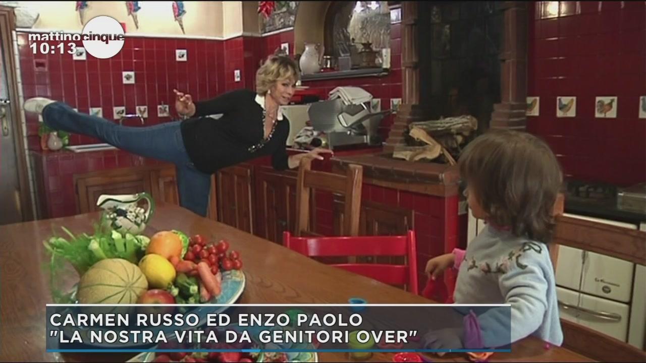 Carmen Russo ed Enzo Paolo genitori over