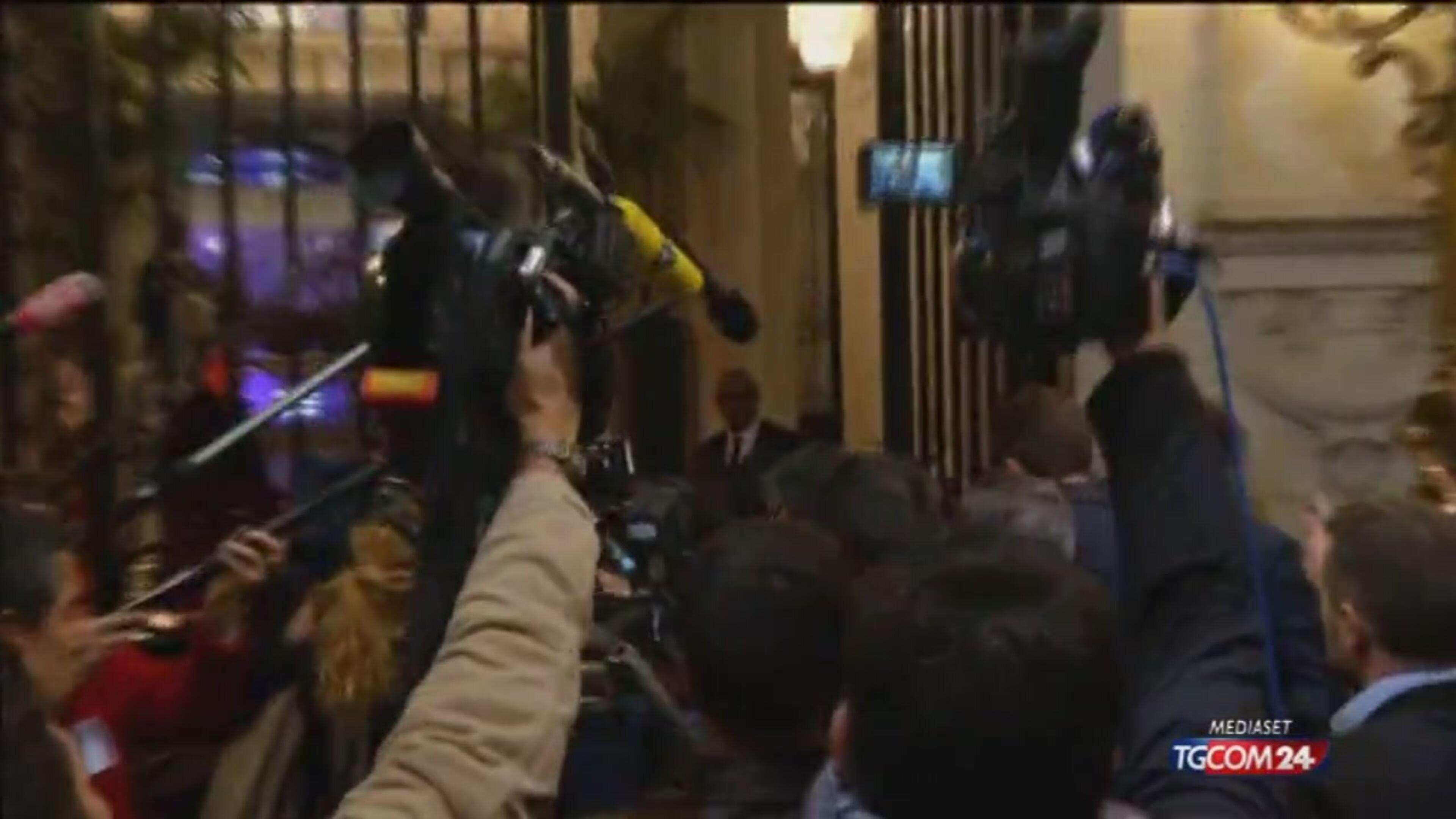 Francia, Fillon: contro di me operazione di calunnia