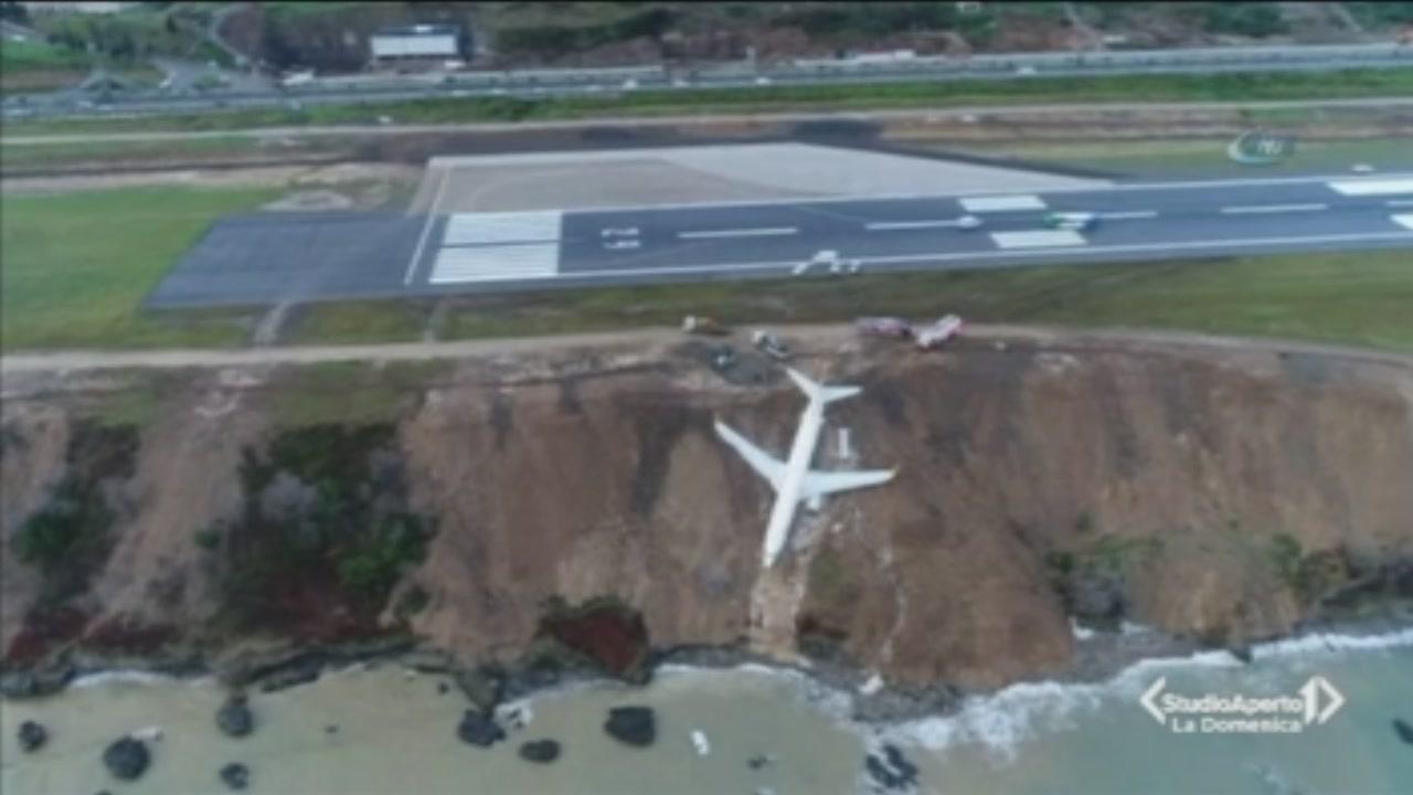 Turchia, aereo fuori pista