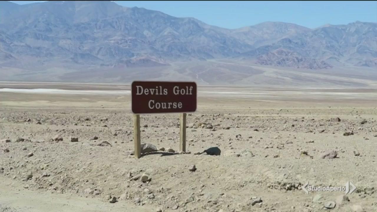 Attraversando la Death Valley