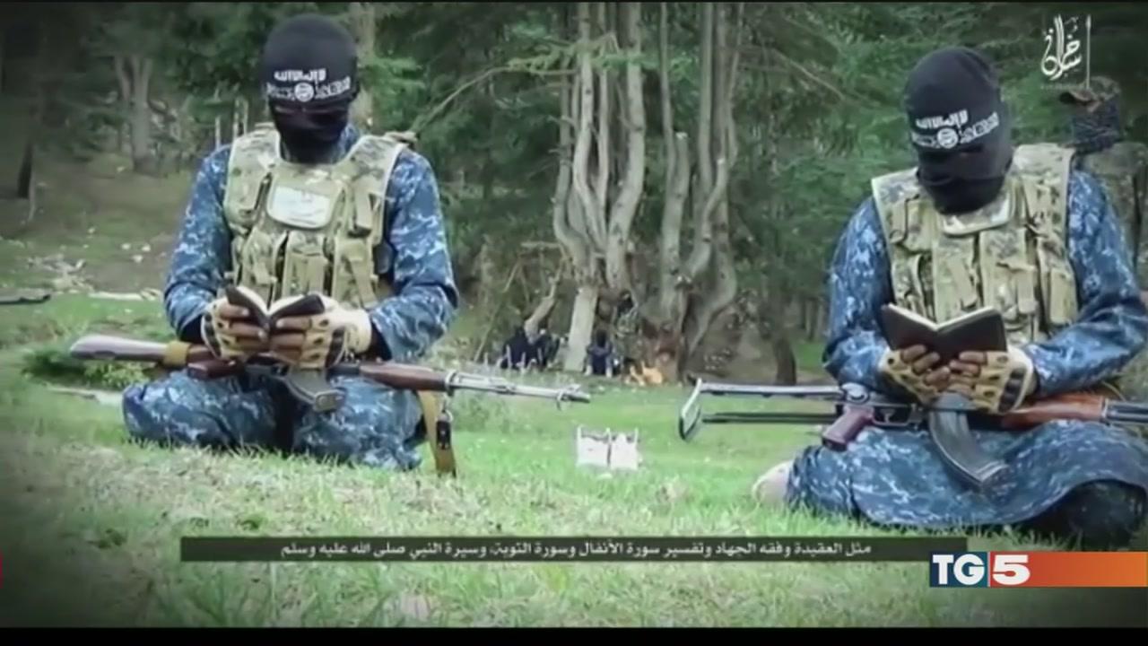 In cella iracheno che inneggiava alla jihad