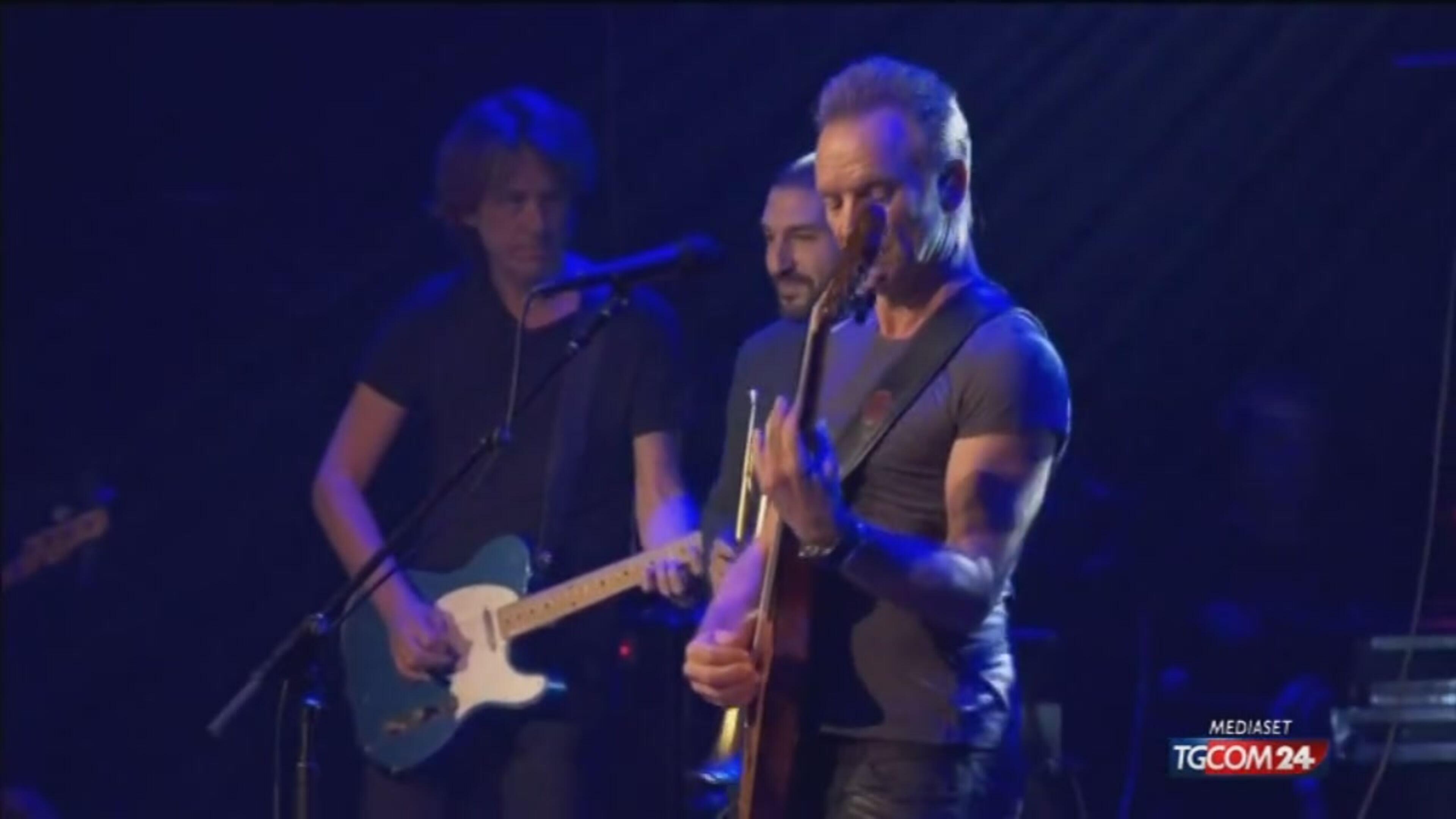 """Sting apre il concerto al Bataclan con """"Fragile"""""""