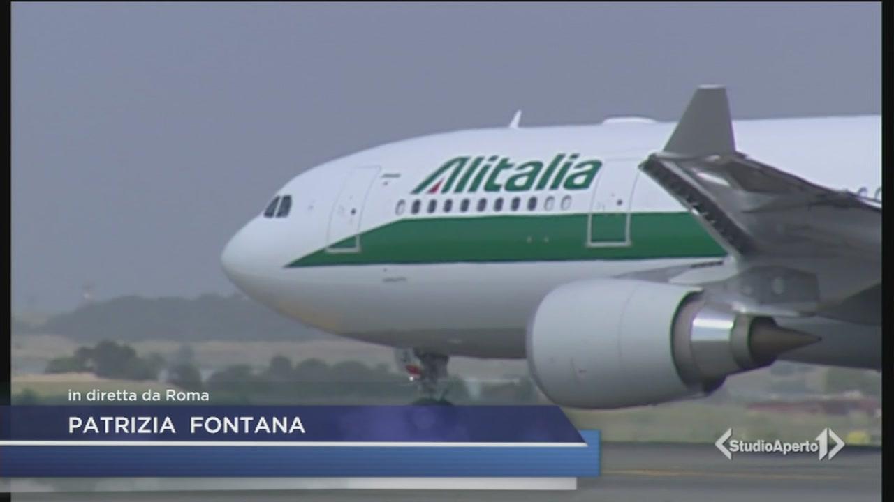 """Alitalia: """"Vendita o fallimento"""""""
