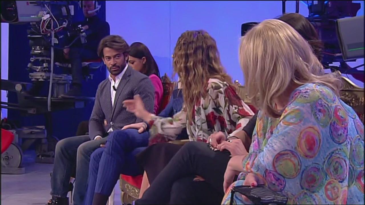 """Il video """"hot"""" di Rosa Perrotta e Fabrizio Corona…"""