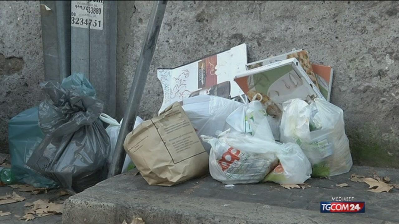 Roma, riesplode lo scandalo rifiuti