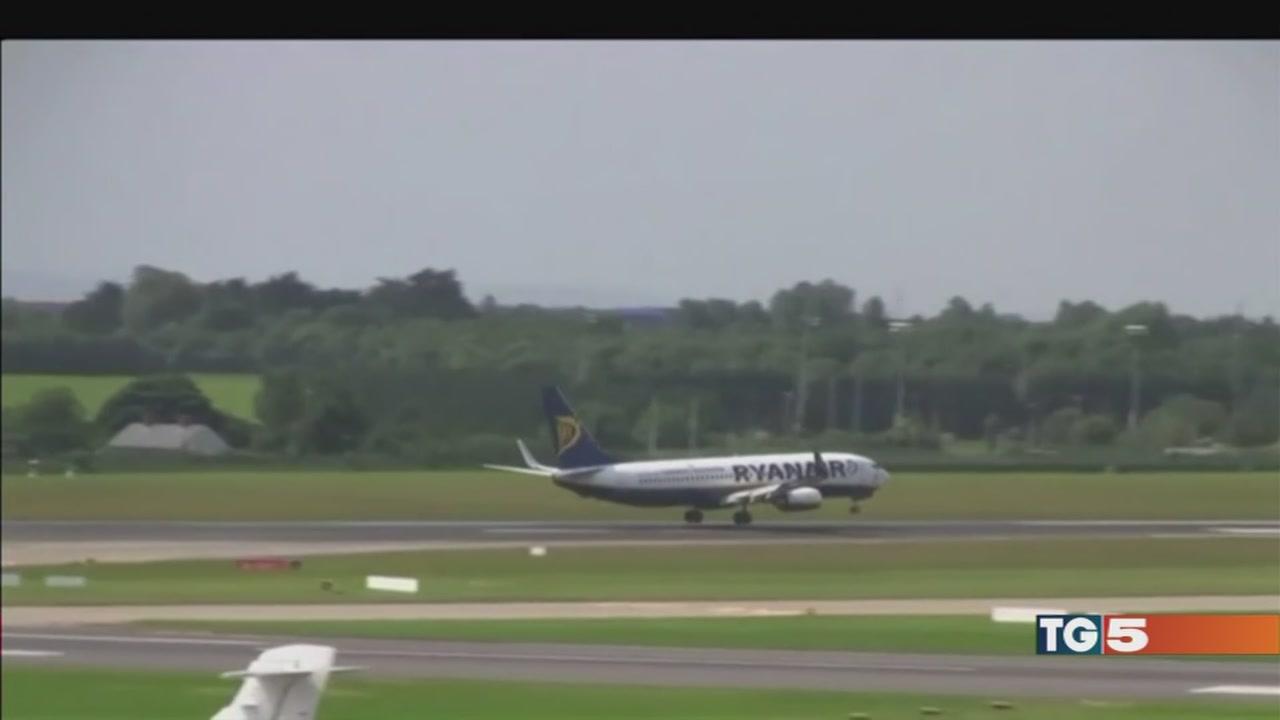 Cancellazioni Ryanair i passeggeri in rivolta
