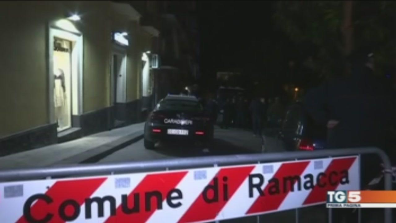 Uccise in casa, è giallo a Catania