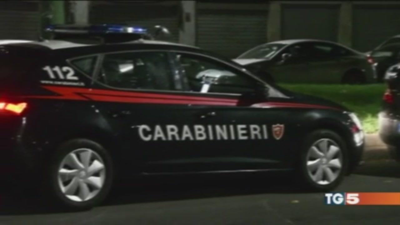 Lite davanti ad un bar, 18enne ucciso a Milano