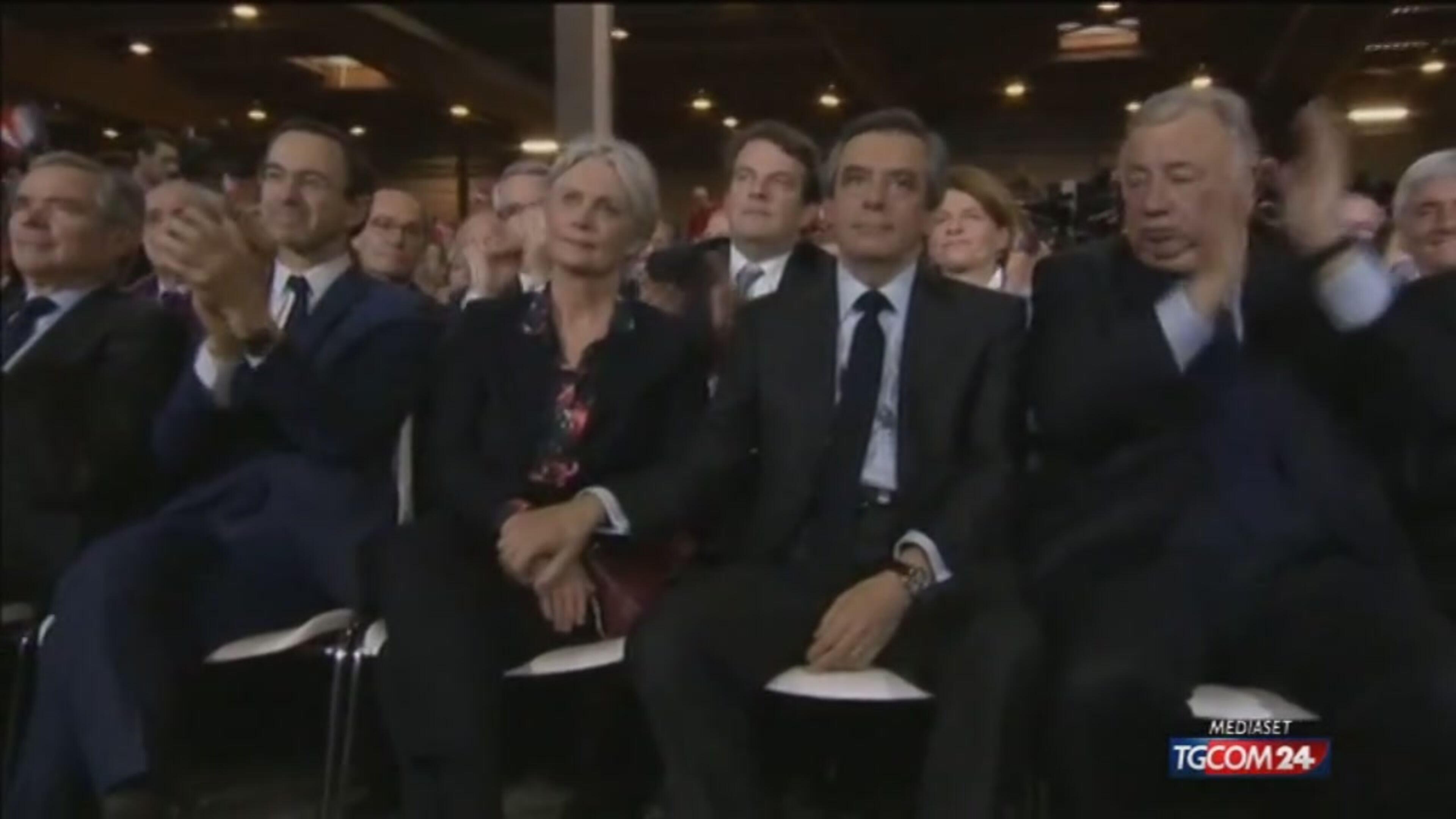 Elezioni in Francia, Fillon rilancia ma la strada è in salita