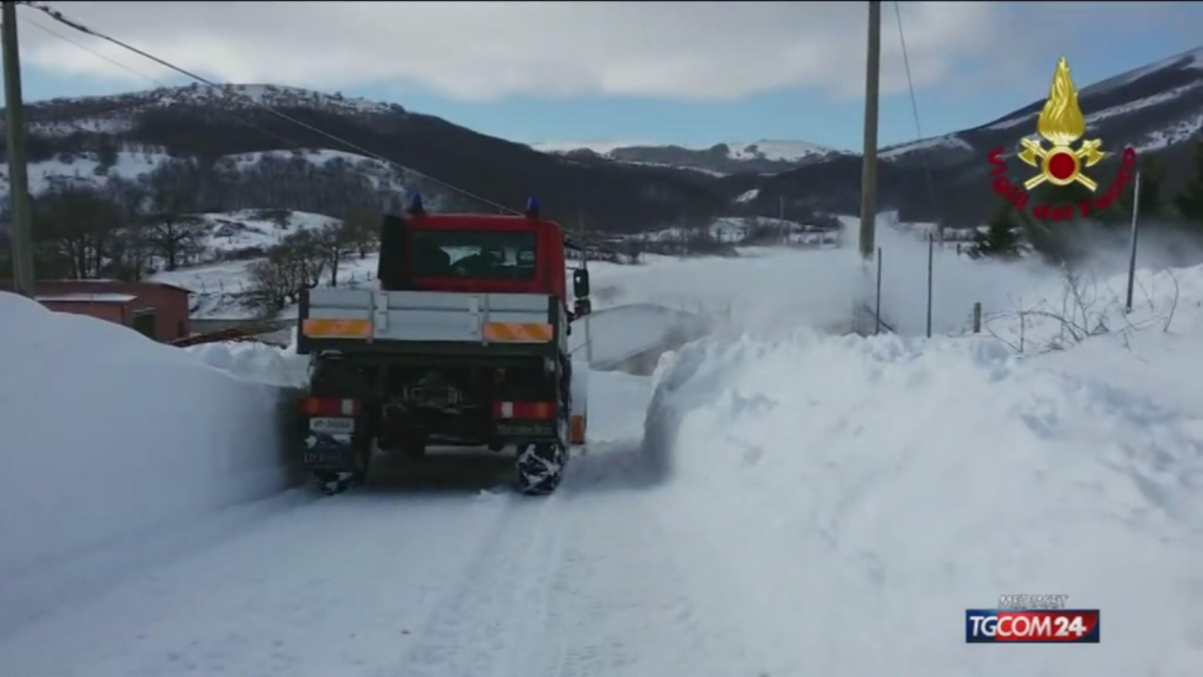 Gelo e neve sui terremotati e in Sud Italia