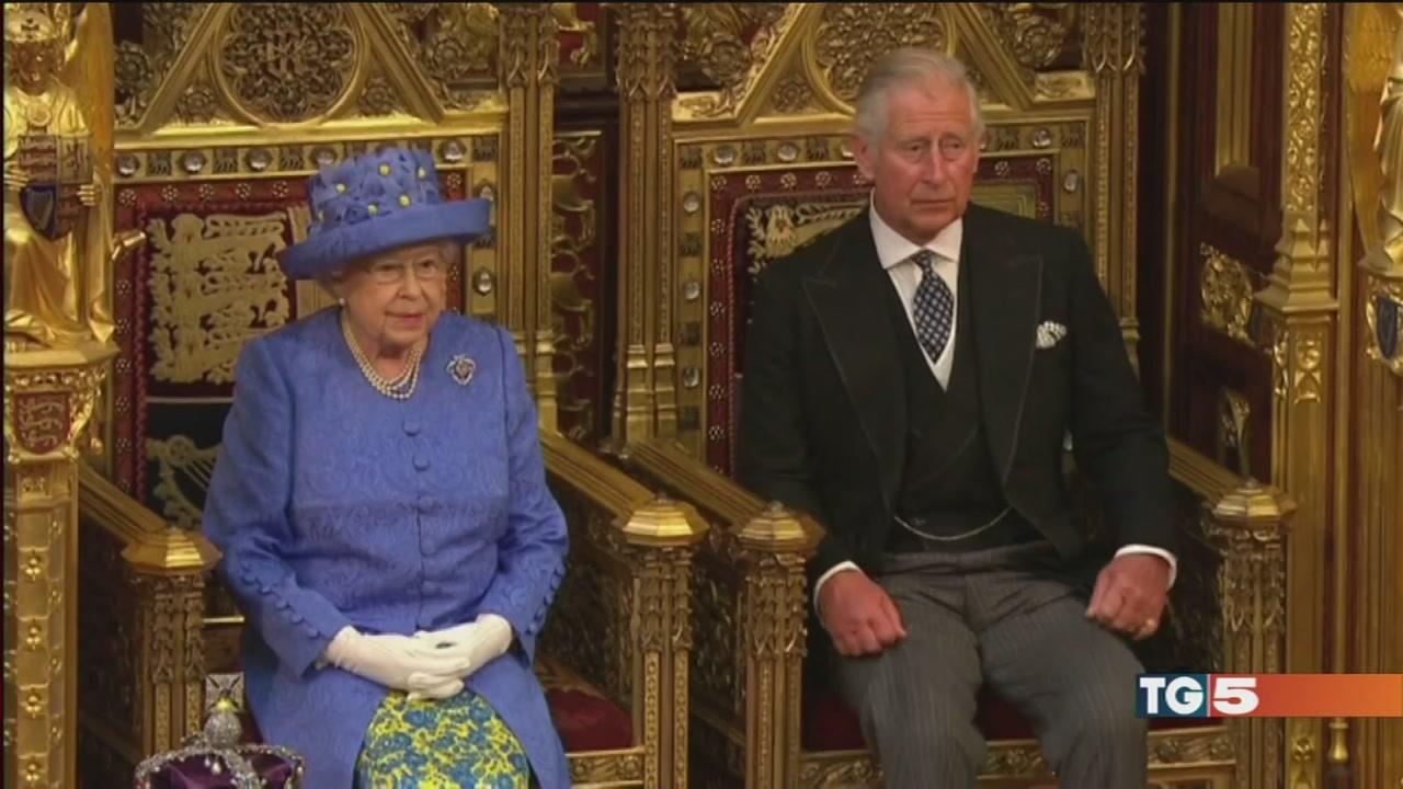 Discorso della regina, ma Filippo in ospedale