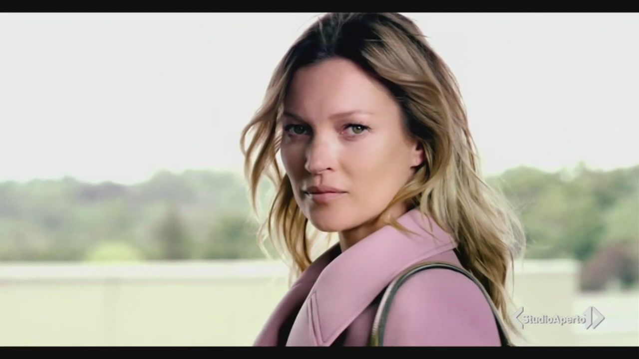 Kate Moss compie 44 anni