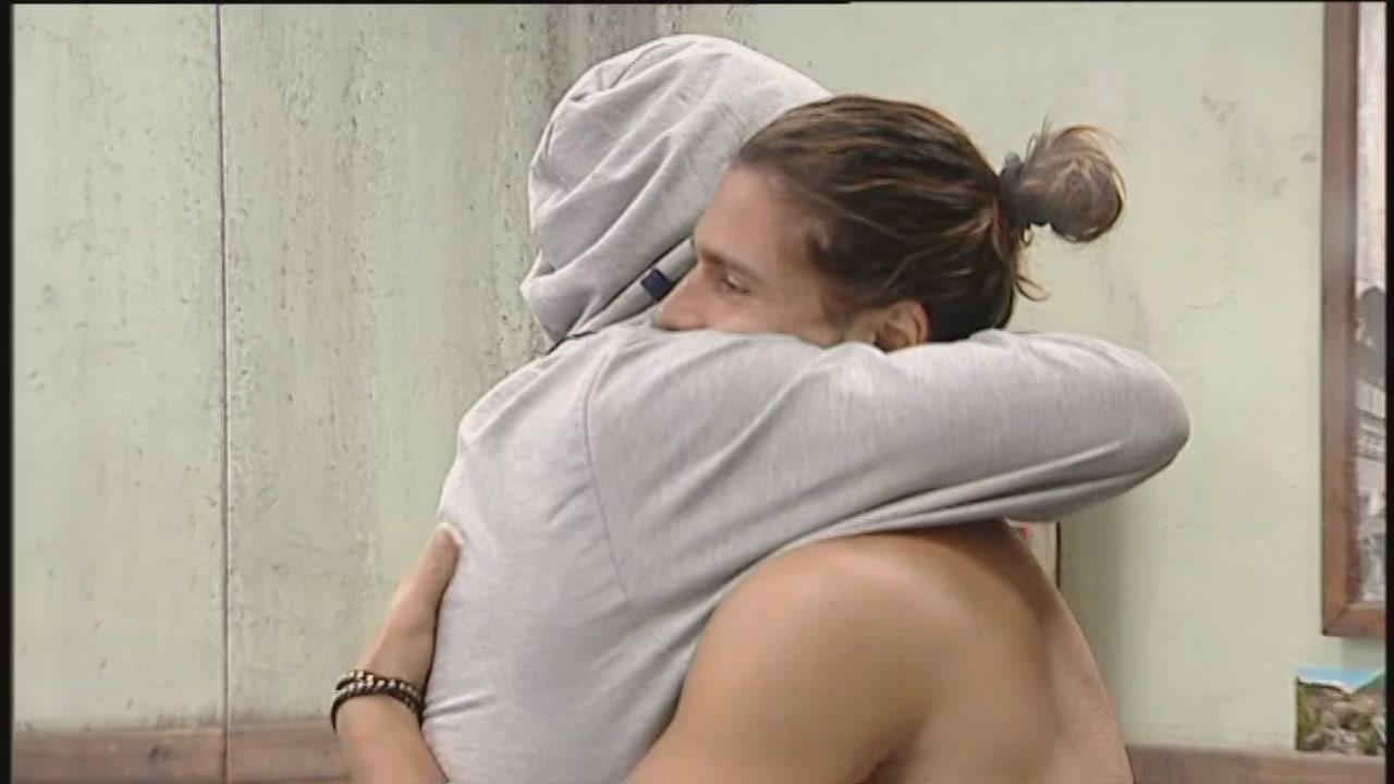 Un abbraccio fraterno