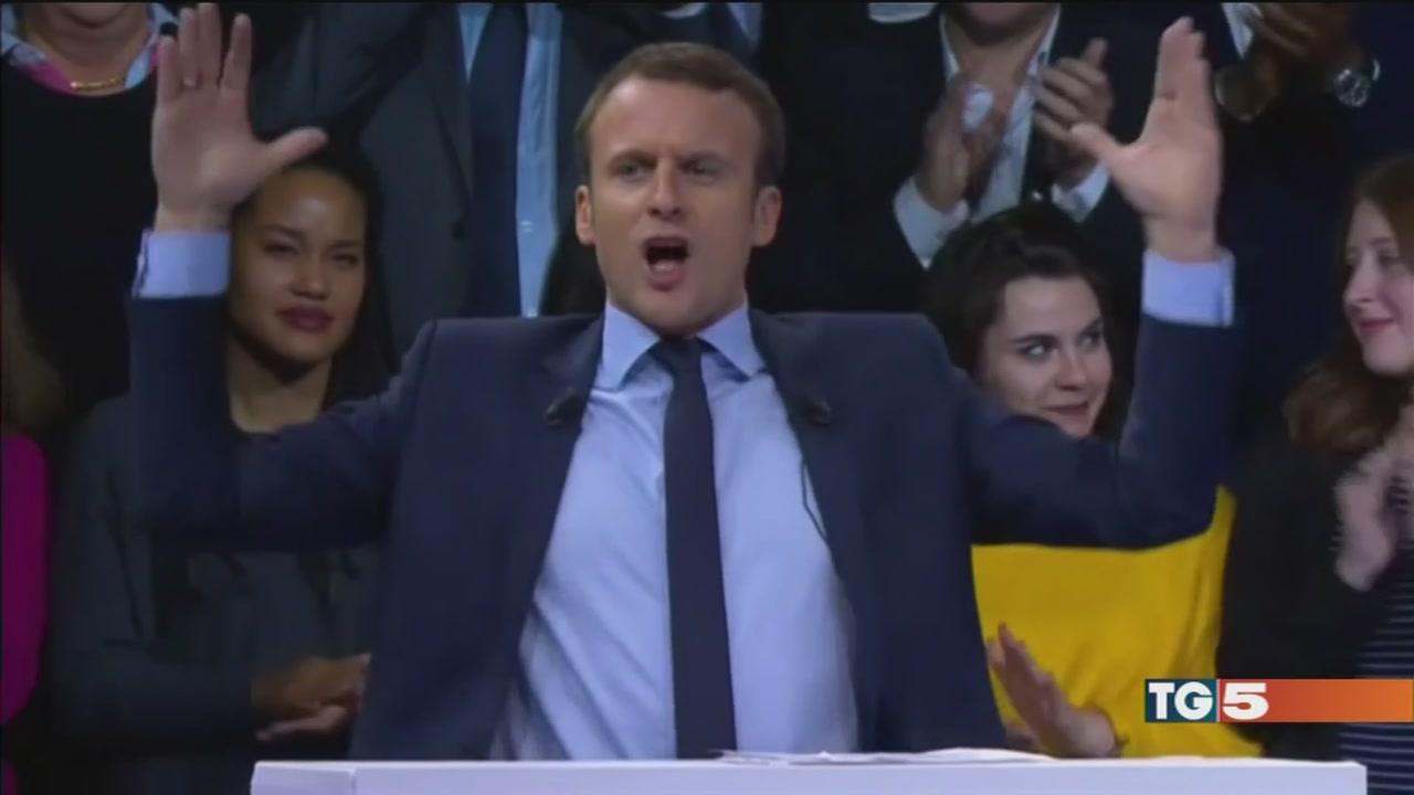 Francia, sarà sfida tra Macron e Le Pen