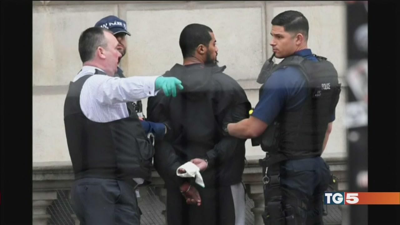 Armato a Westminster progettava attentati?