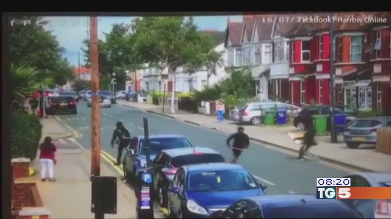Una banda terrorizza Londra