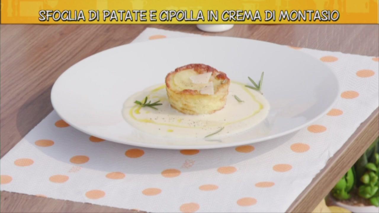 Sfoglia di patate e cipolla in crema di montasio