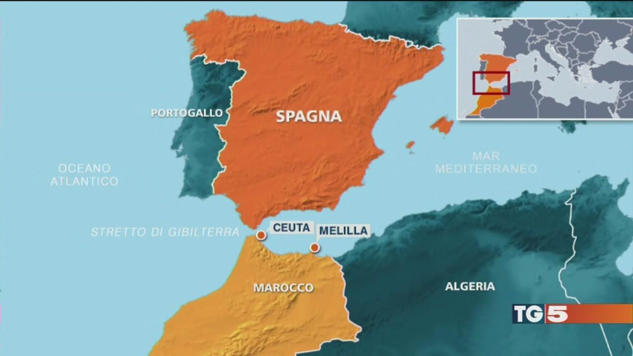 Migranti all'assalto, alta tensione a Ceuta