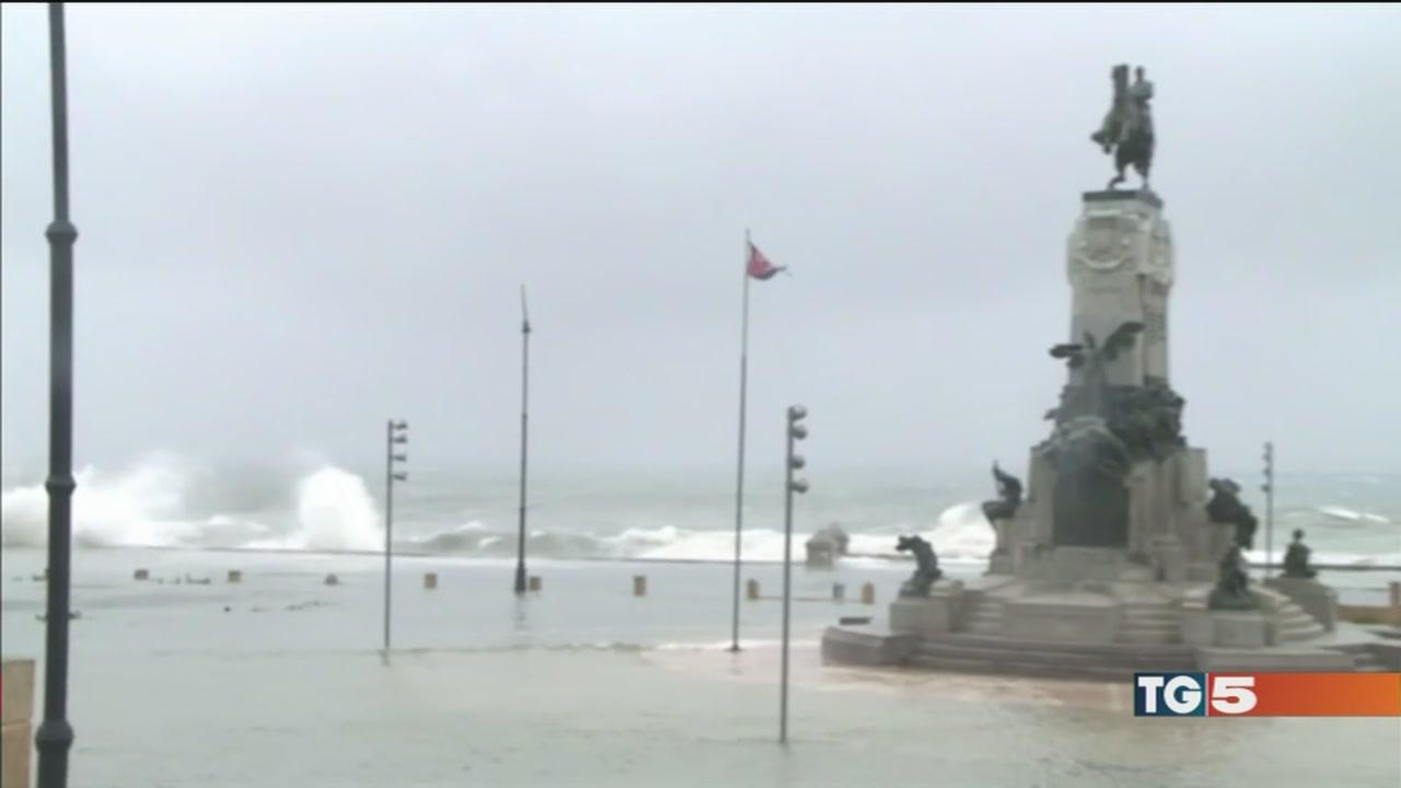 Irma è sulla Florida, morte e devastazione