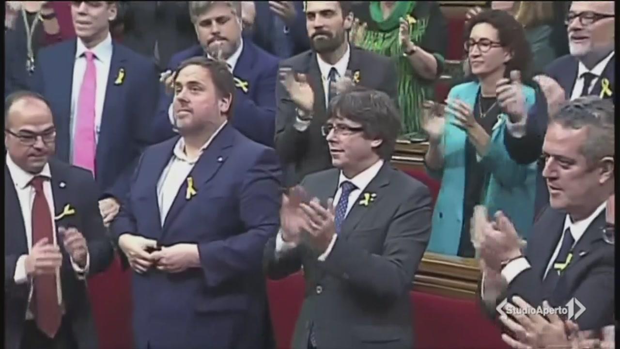 La Catalogna vota l'indipendenza
