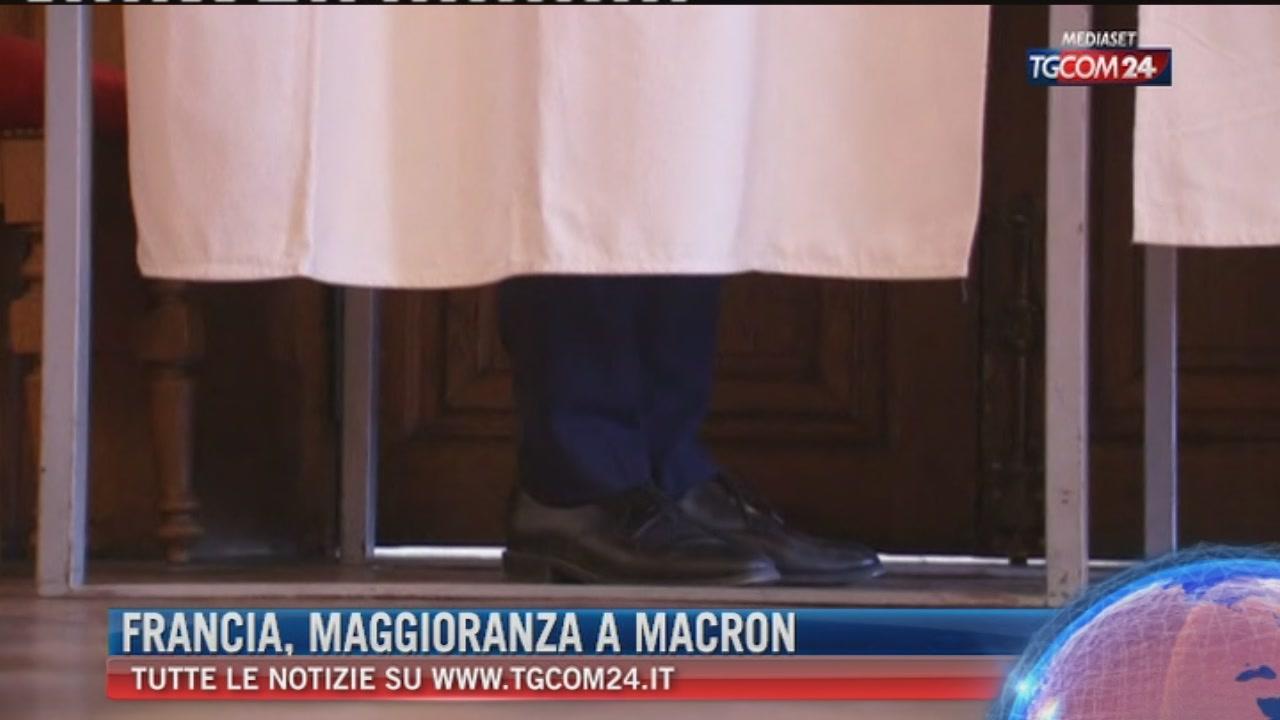 Elezioni Francia, proiezioni: a Macron la maggioranza assoluta