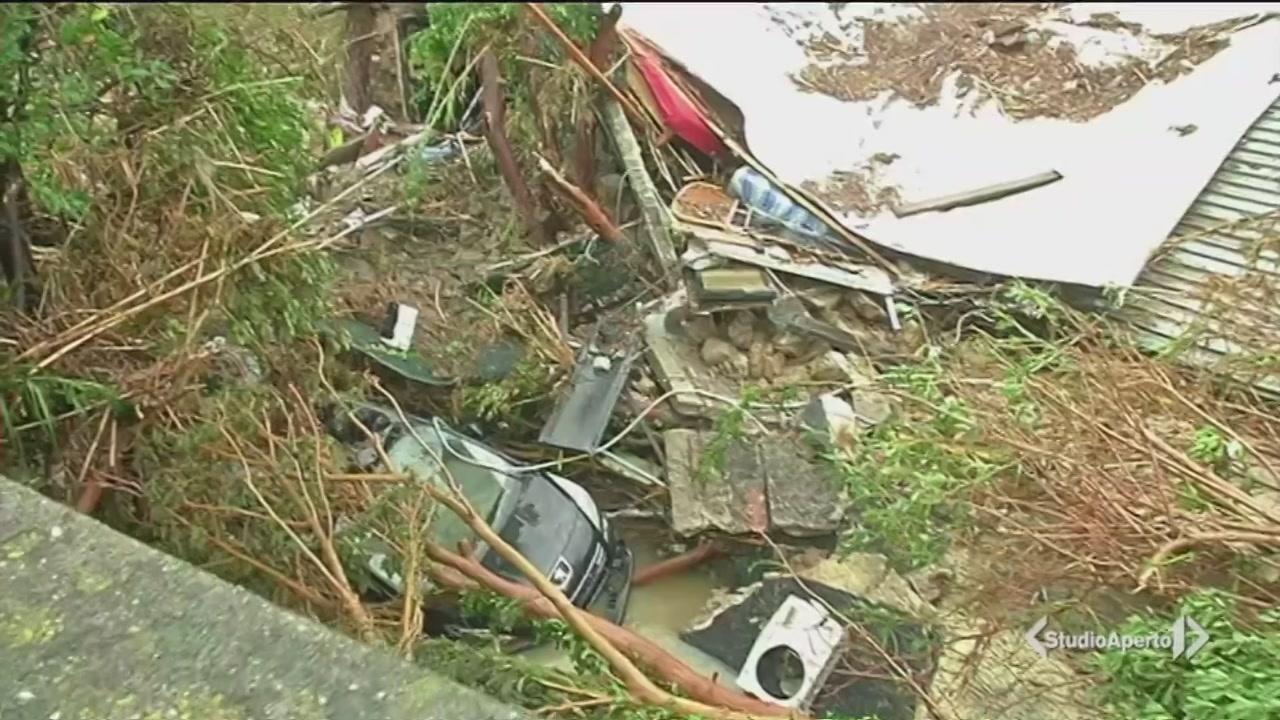Le immagini del maltempo a Livorno