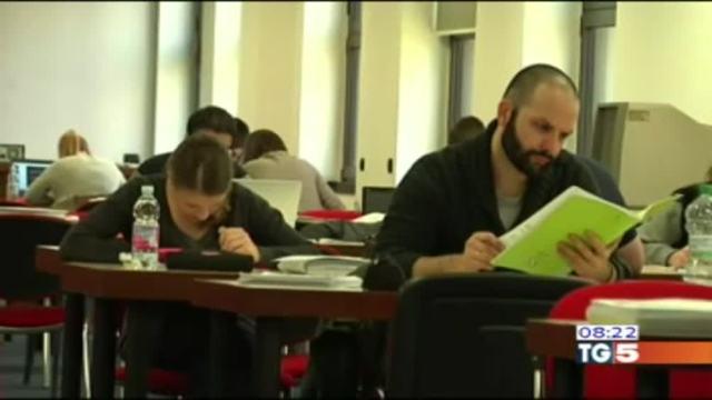 Gli studenti italiani parlano e scrivono male