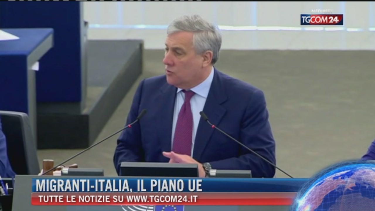Migranti, piano d'azione Ue: nuovi fondi all'Italia e operazioni più veloci