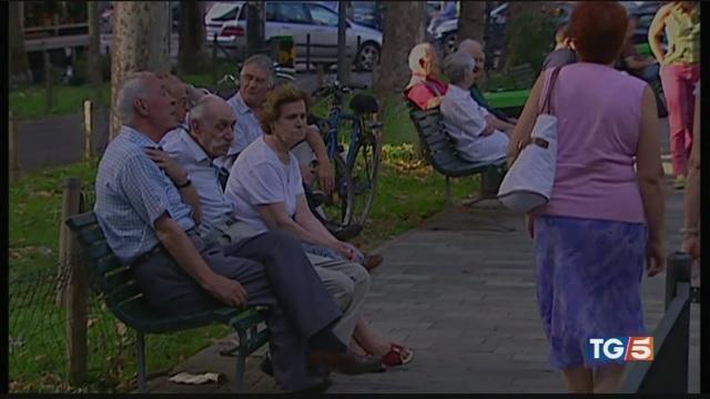 Rischio Pil in calo italiani più vecchi