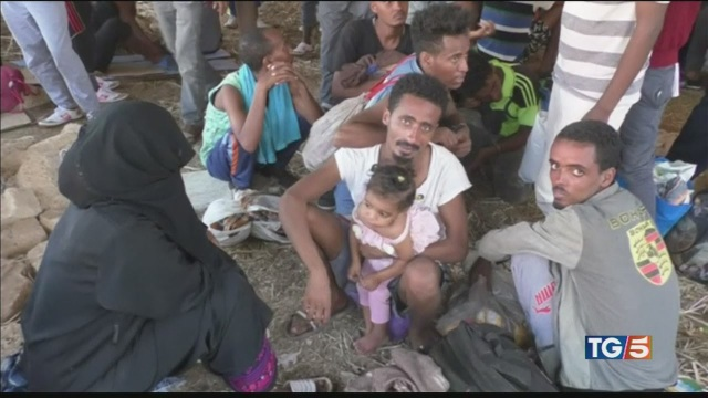 Atrocità nei campi di migranti in Libia