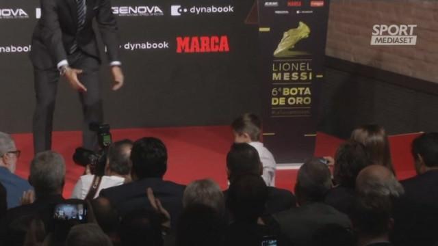 Messi Scarpa d'Oro, i figli si 'litigano' il trofeo