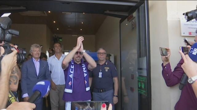 Fiorentina, la canzone dei tifosi per Commisso e Ribery