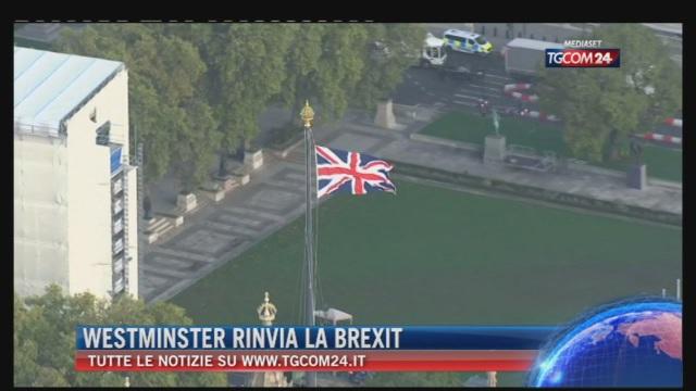 Breaking News delle ore 21.30: 'Westminster rinvia la Brexit'
