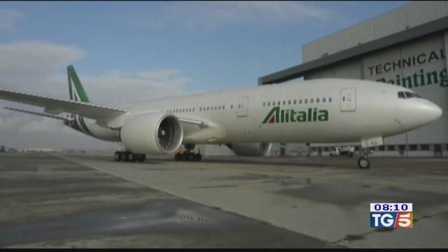 Alitalia, nuova proroga ma sarà l'ultima