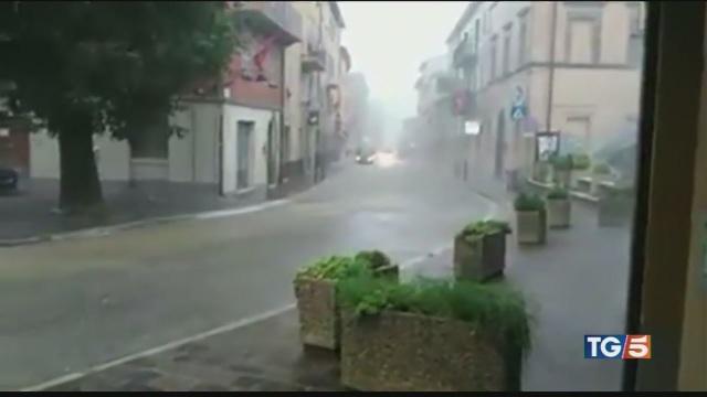 Maltempo in mezza Italia
